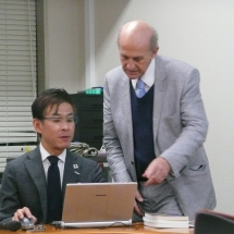 Roger discussing with Prof Hideki Ohira